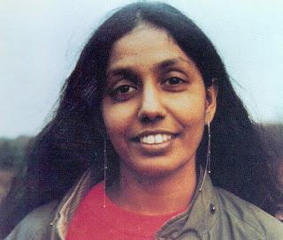 ராஜனி திராணகம (படத்துக்கு நன்றி: http://thakavalgal.blogspot.in/2009/09/blog-post_9857.html)